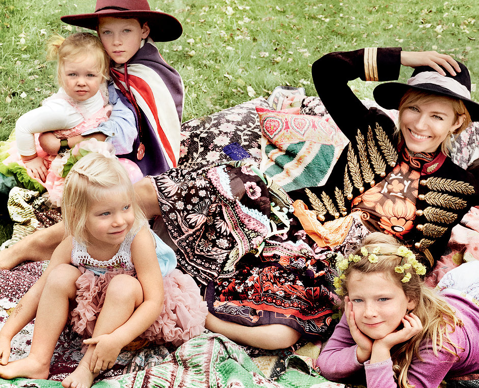 vogue :     Welcome to Sienna Miller's second act!    The actress talks motherhood, her new movies, and why she'll never be on Twitter in our January 2015 cover story:  http://vogue.cm/12RzRsx     Photo by Mario Testino