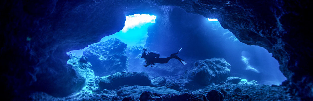 Niue_Diving.jpg