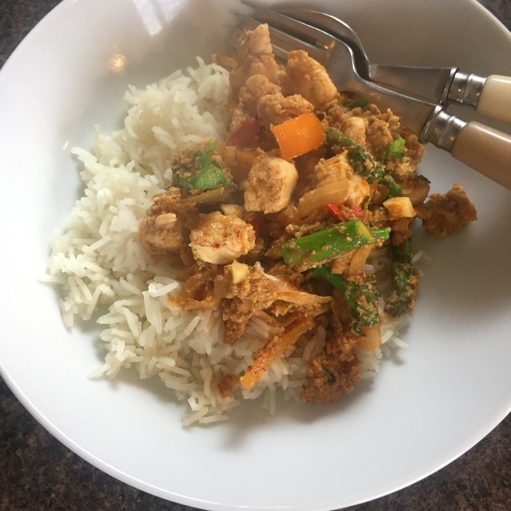 Rachel Redlaw gai pad pong karee - chicken stir fry curry