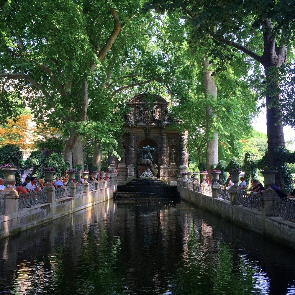 Jardin du Luxembourg, Medici Fountain