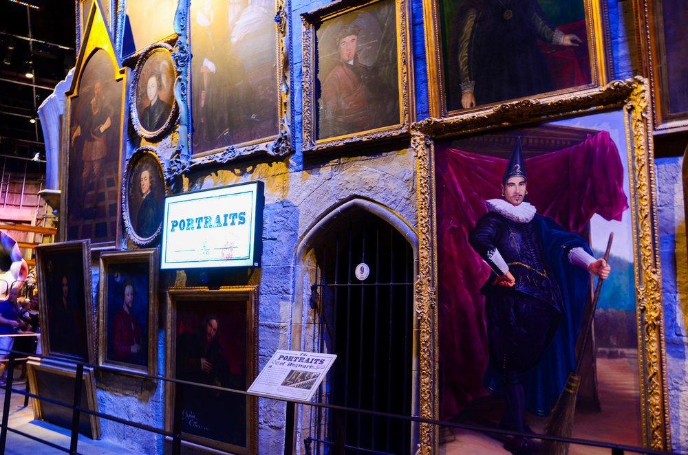 Portraits in Hogwarts.jpg