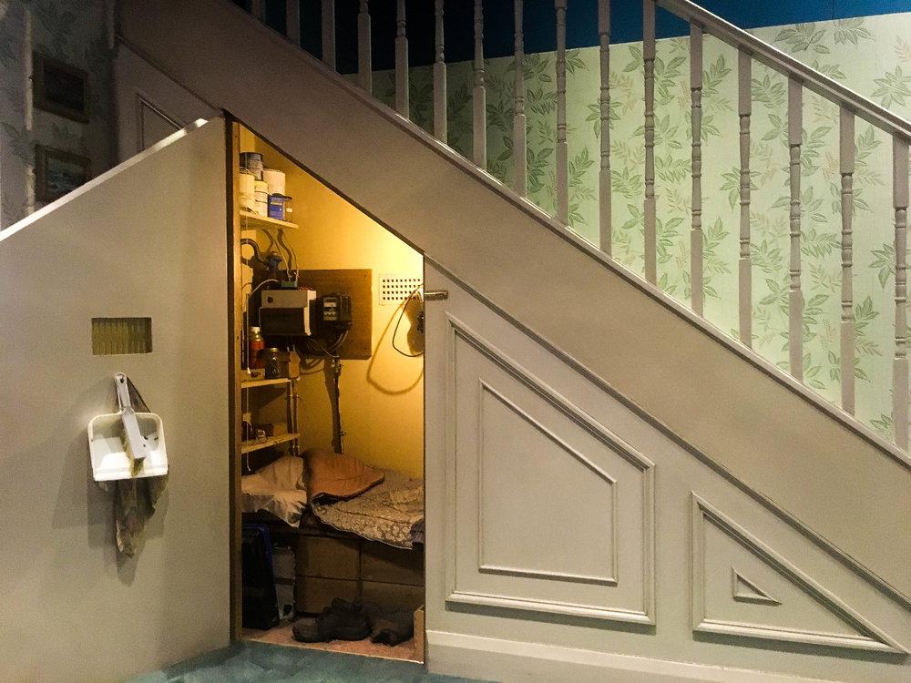 Cupboard Under the Door Harry Potter.jpg