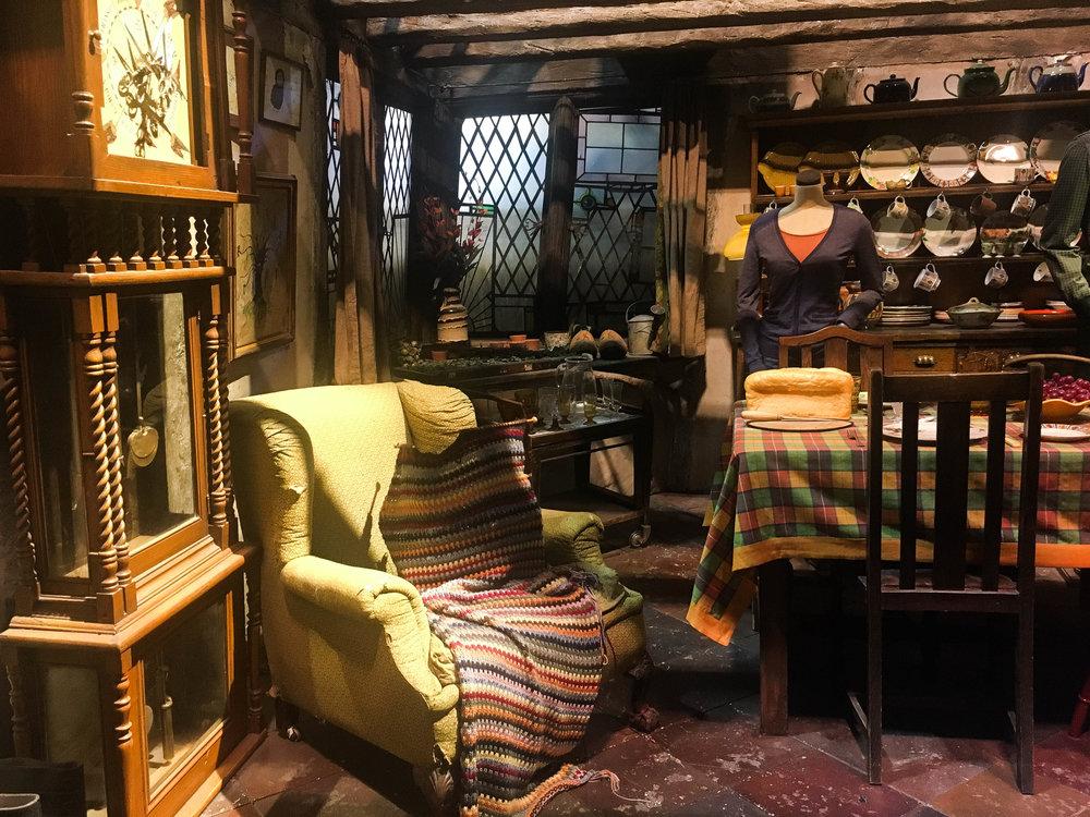 Harry Potter Weasley Set.jpg