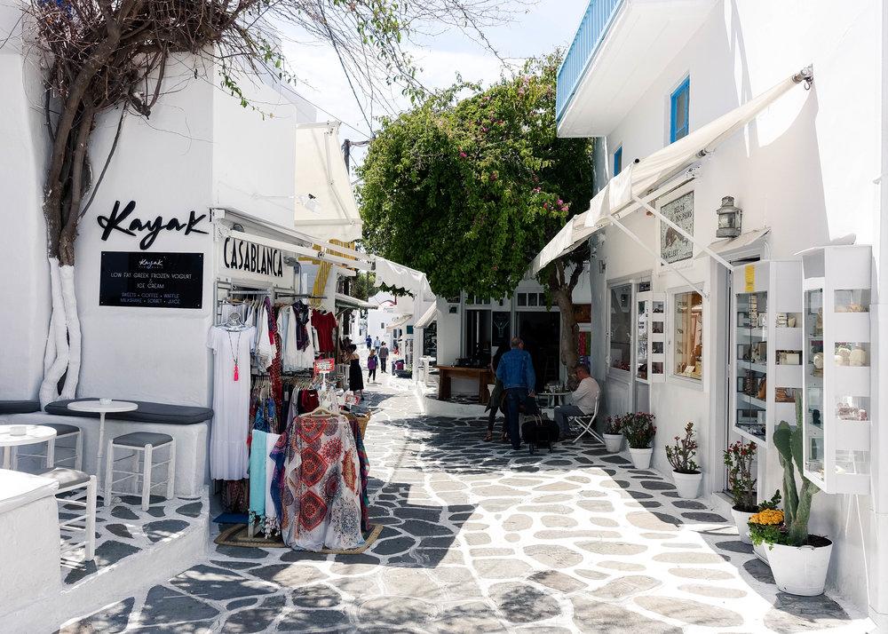 mykonos town5.jpg