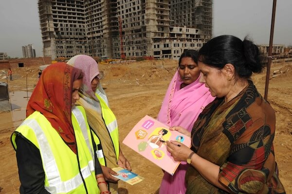 Punj Lloyd carries out health and HIV awareness with its hired site workers