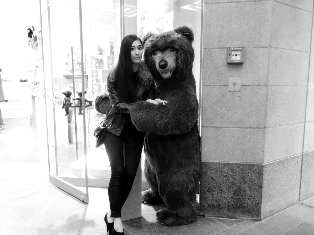 07.Nov 2015 : Mit einem Bär