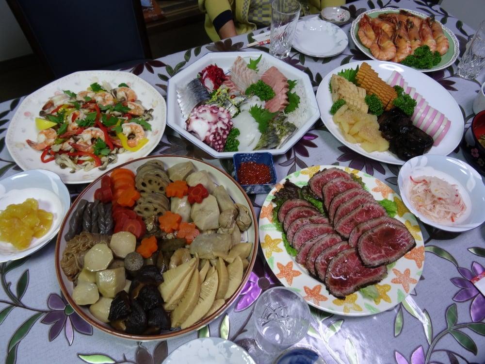 02.Jan.2016 : traditionelles, festliches Essen zu Neujahr in Japan