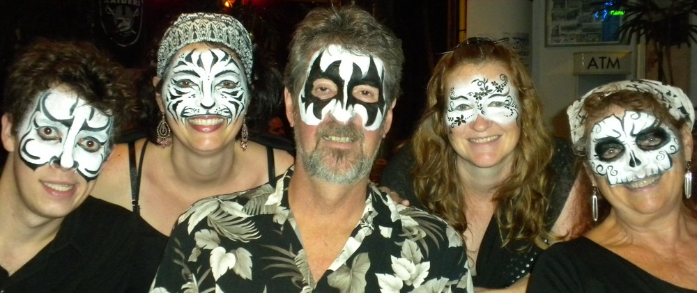 black_white_night_hilo_facepaint_ohiobodyart_deborah_brommer_.JPG