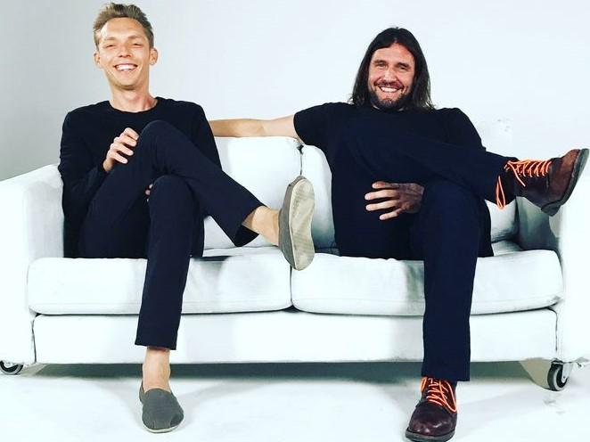 Joshua Fields Millburn & Ryan Nicodemus:https://goo.gl/images/Un5Hbk