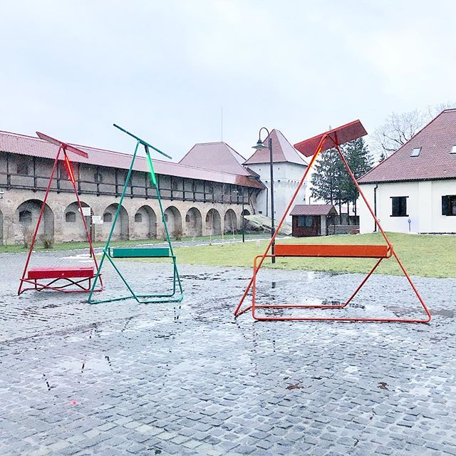 It's getting warmer and these guys will be popping up around #targumures soon! #spring #lineweights . . . . . #solarcharger #ucstargumures #transylvania #marosvasarhely #collectiveconstellations #ucstargumures #follies #design #urbandesign #network #solarenergy #architecture #furniture #urbanfurniture #lighting #dezeen #archinect #archdaily #installation #iot #app #targumuresapp #internetofthings #nyc #brooklyn
