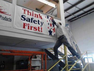 Don't let this happen at your workplace. #safetyfail
