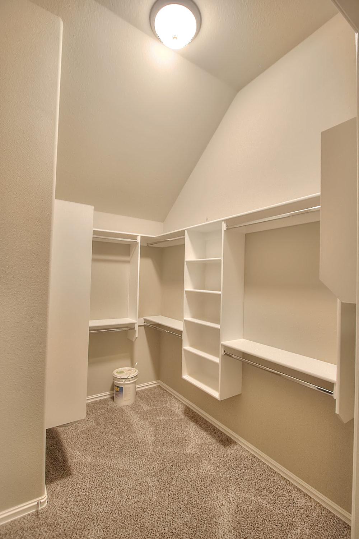 KL master closet.jpg