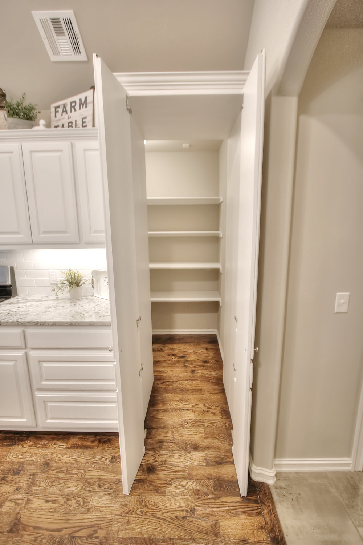 KL pantry open.jpg
