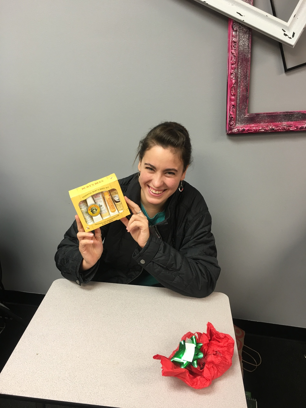 Dental Assistants Celebrate Xmas at DOT By Lynn