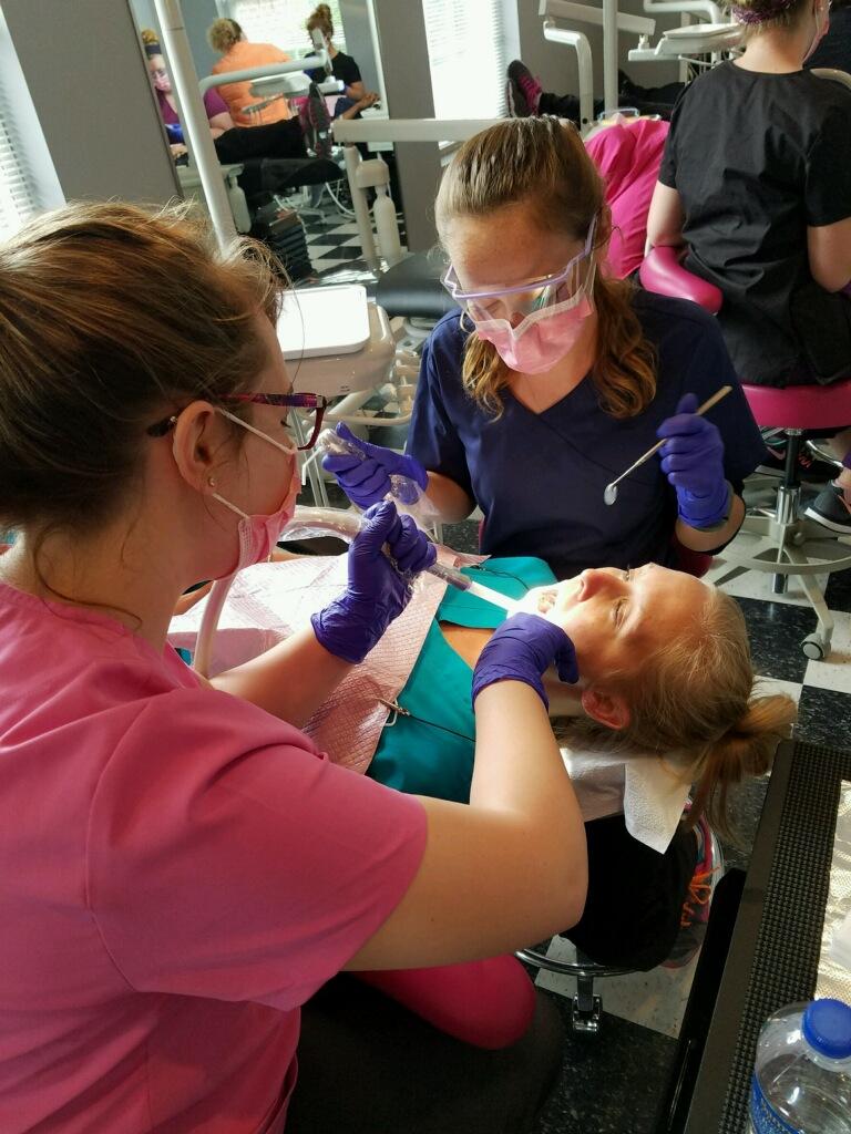 dentist-assistant-training-program.JPG