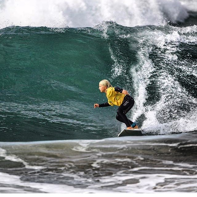 8 year old Catalina Downer charging a big set wave at the last @surfwsa surf contest! Come support the #crookssurfessentials team at the @surfwsa surf contest at San Clemente Pier this weekend! See you guys there! 🏄🌊😎 @downer111  #surf #surfer #surfing #surflife #surfcontest #compete #surflessons #surfcoach #sports #active #health #fun #beach