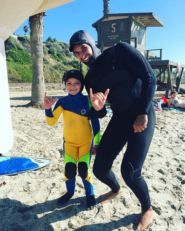Ella and I getting a surf in before the storm hit! 🏄‍♀️🌊🏄☔️🌧 @ellamosssc  @crazy_crookster  #surf #surfing #surfer #surflessons #surfcoach #surflesson #beach #ocean #beachlife #oceanlife #practice #surfpractice #healthylife #lifestyle #crookssurfessentials #kids #lesson