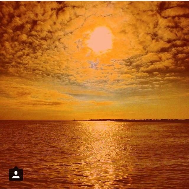 A Fire Island sunset. Courtesy: instagram/@ivymaud