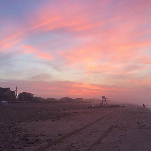 A pink sky in Fire Island. Courtesy: instagram/ jessica.desimone