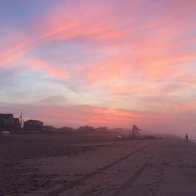 A pink sky in Fire Island. Courtesy: instagram/ jessica.desimone