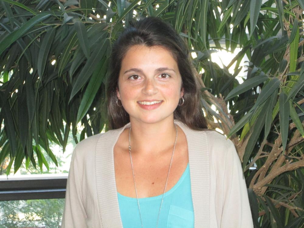 Alexandra Polonia , Coordinatrice de recherche, 2011-13  2016- Travailleuse Sociale, Hôpital général du Lakeshore