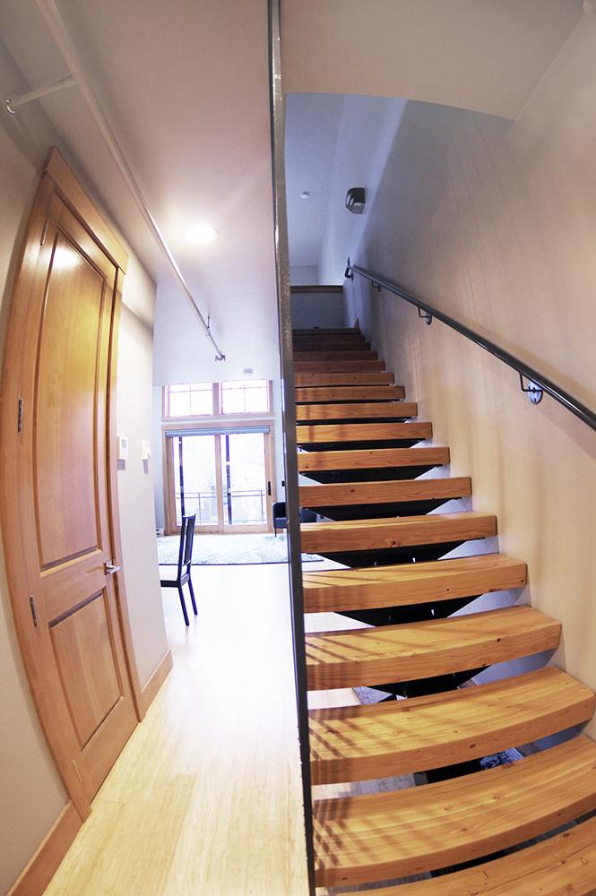apartment A hallway 1000 px.jpg