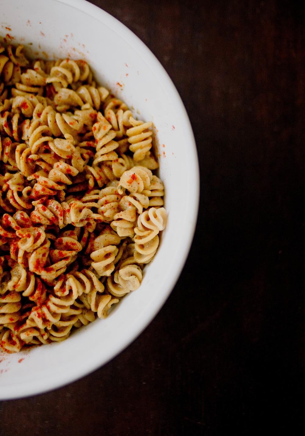 "vegan ""cheesy"" pasta - inspo link"