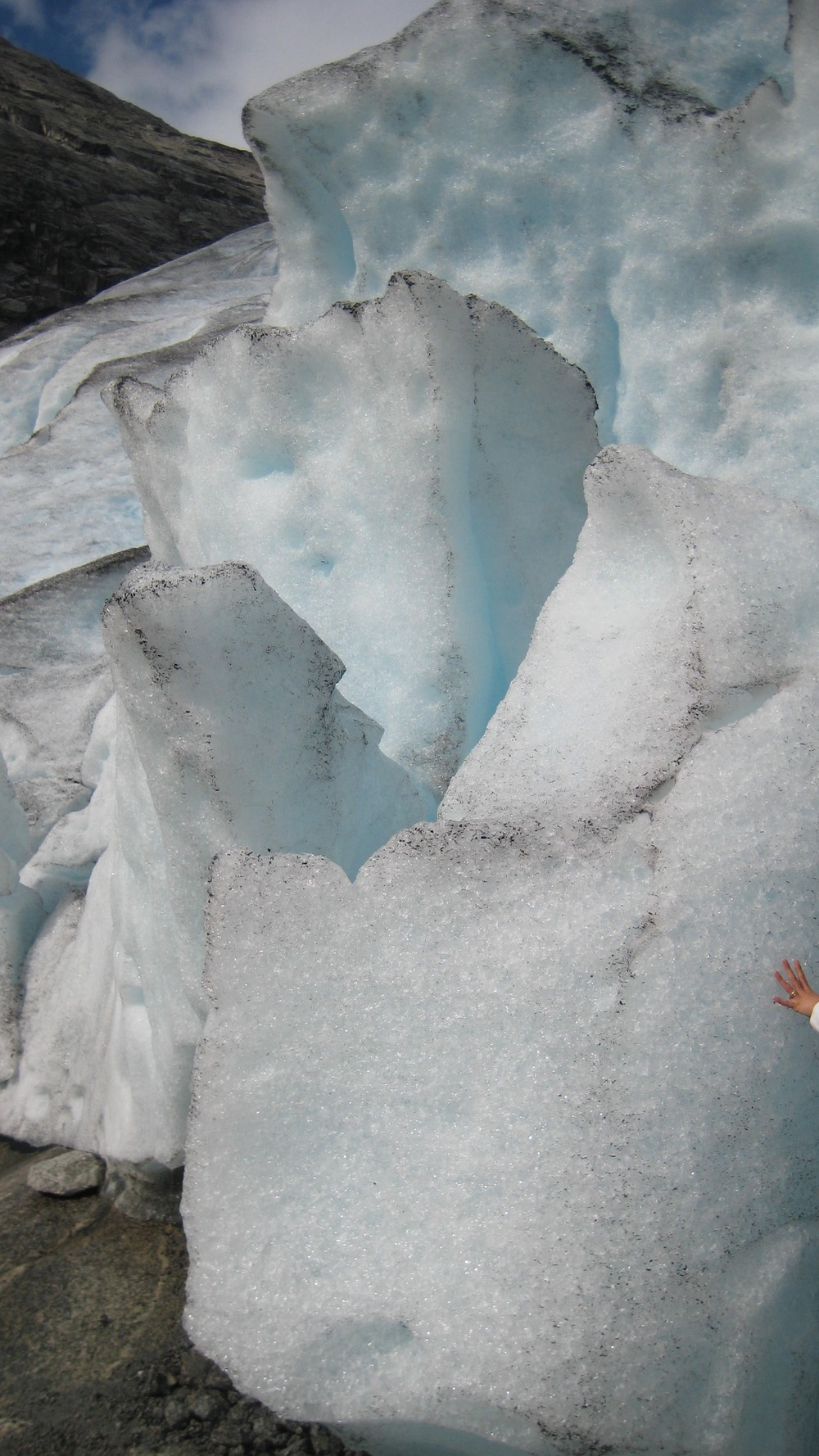 cold encounter with the largest growing ice glacier in North.jpg