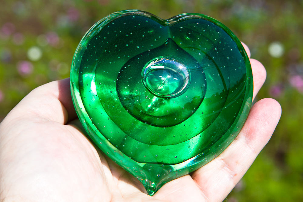 Memorial Glass Heart Paperweight with Ash from Cremation of Dog, Cat or Person
