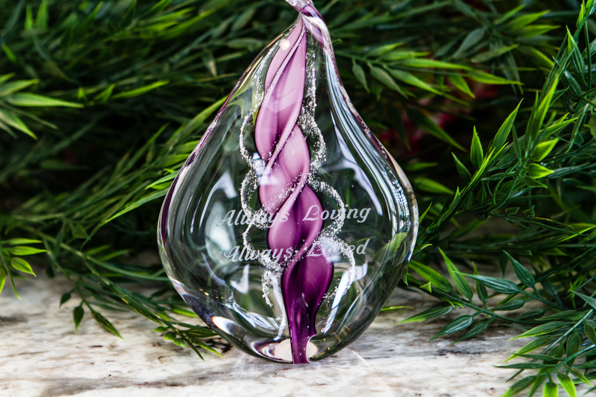 Engraved glass ornaments - Engraved Memorial Glass Flame With Cremation Ashes
