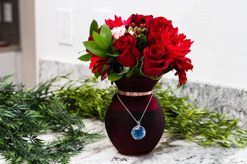 vase with keepsake flower touchstone