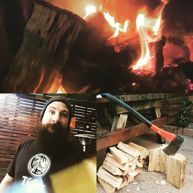 Getting my lumberjack on. #potbellybar #fireplace #lumberjack #canberracraft #belconnen #itsabelcoworld