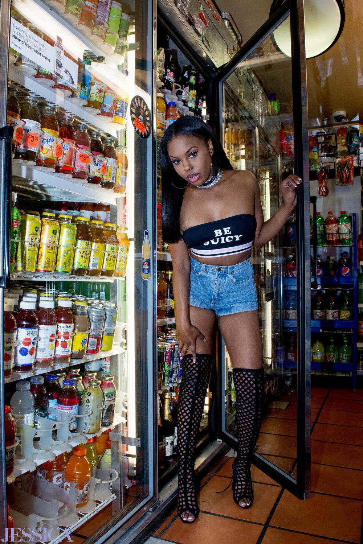 BRihannaBrightFinals-068Retouched.jpg