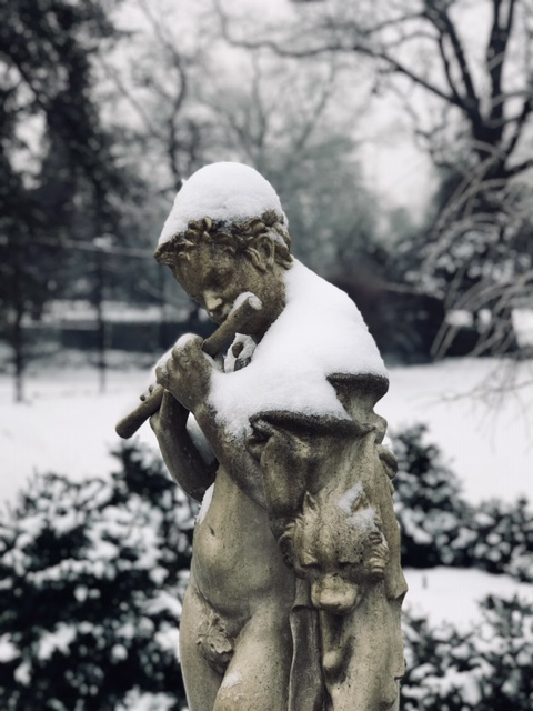 winterstatue.jpeg