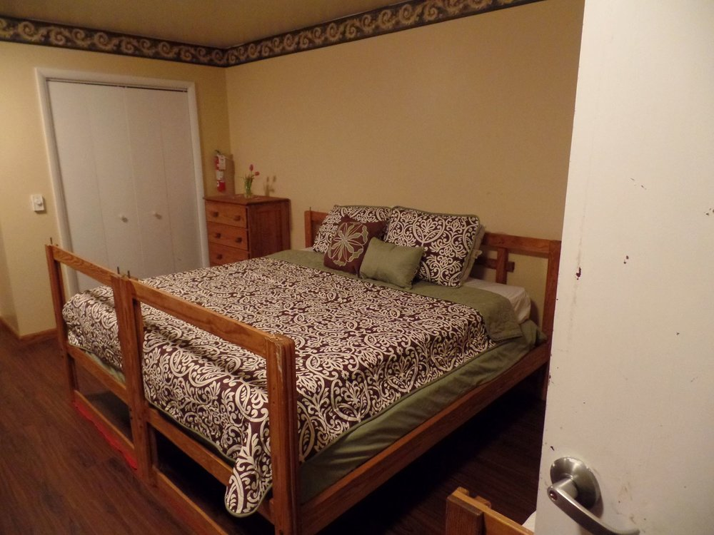 King Bed_2.jpg