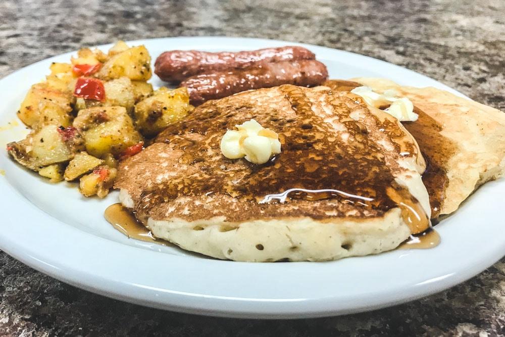 Pancakes & Sausage