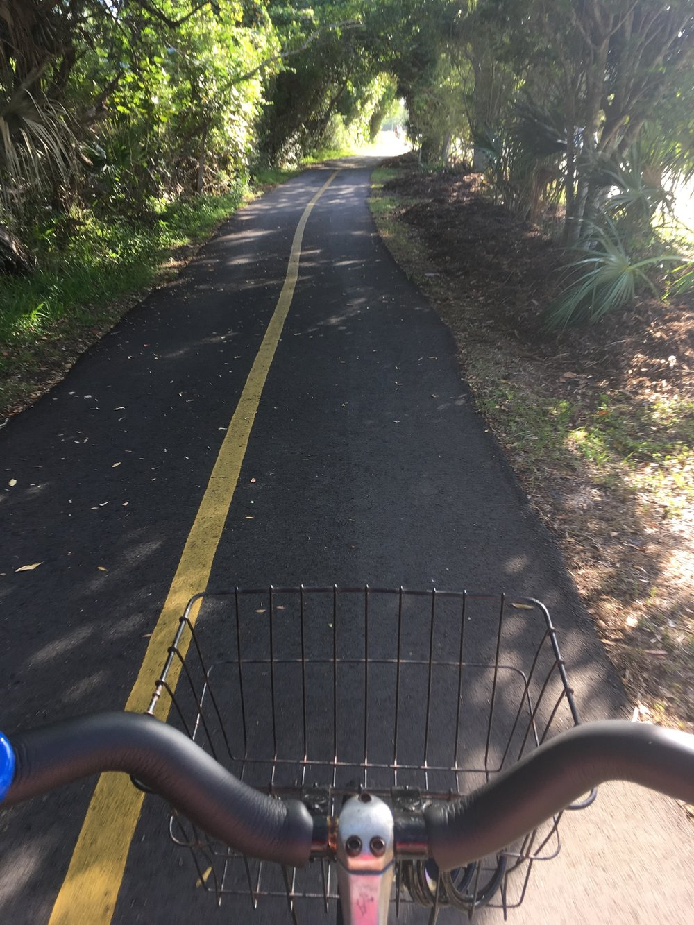 22 MILES OF BIKING/WALKING TRAILS