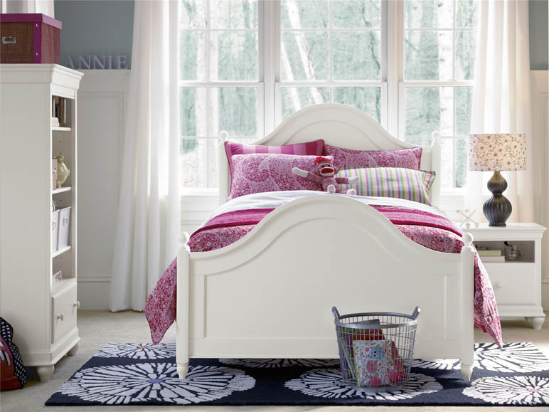 Kids Bedroom Classics White Universal.jpg