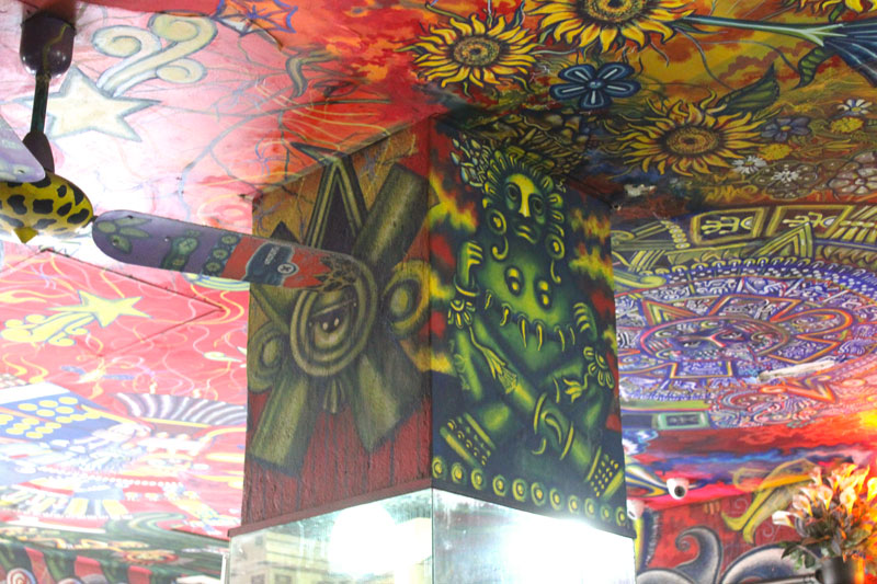 Above: Even the fans as well as the poles are covered in art. Many different artists and styles could be observed in the rather small space.l