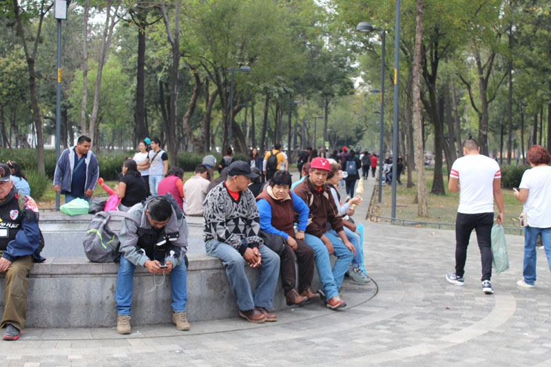 Above: The park is full of negotiations, both spacial as well as social. Here is a popular spot for people to sit down, both vendors and non-vendors, tourists and locals.