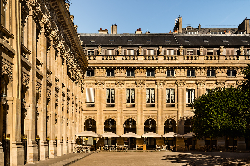 Hôtel dans les jardins du Palais Royal - Paris
