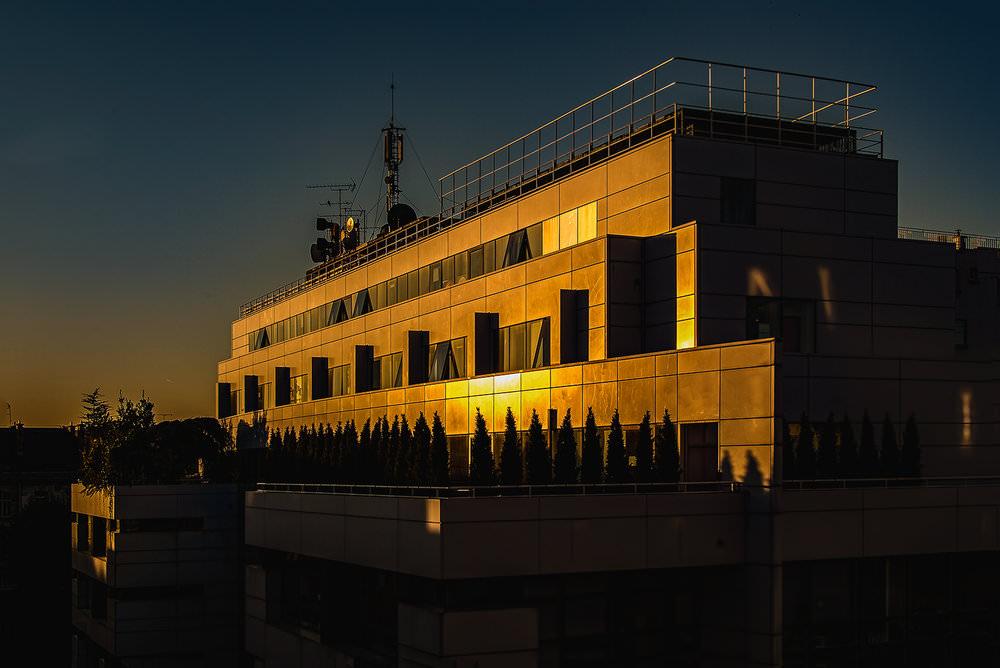 Photographie d'architecture d'un immeuble de bureaux à Paris, photographe d'architecture François Guillemin