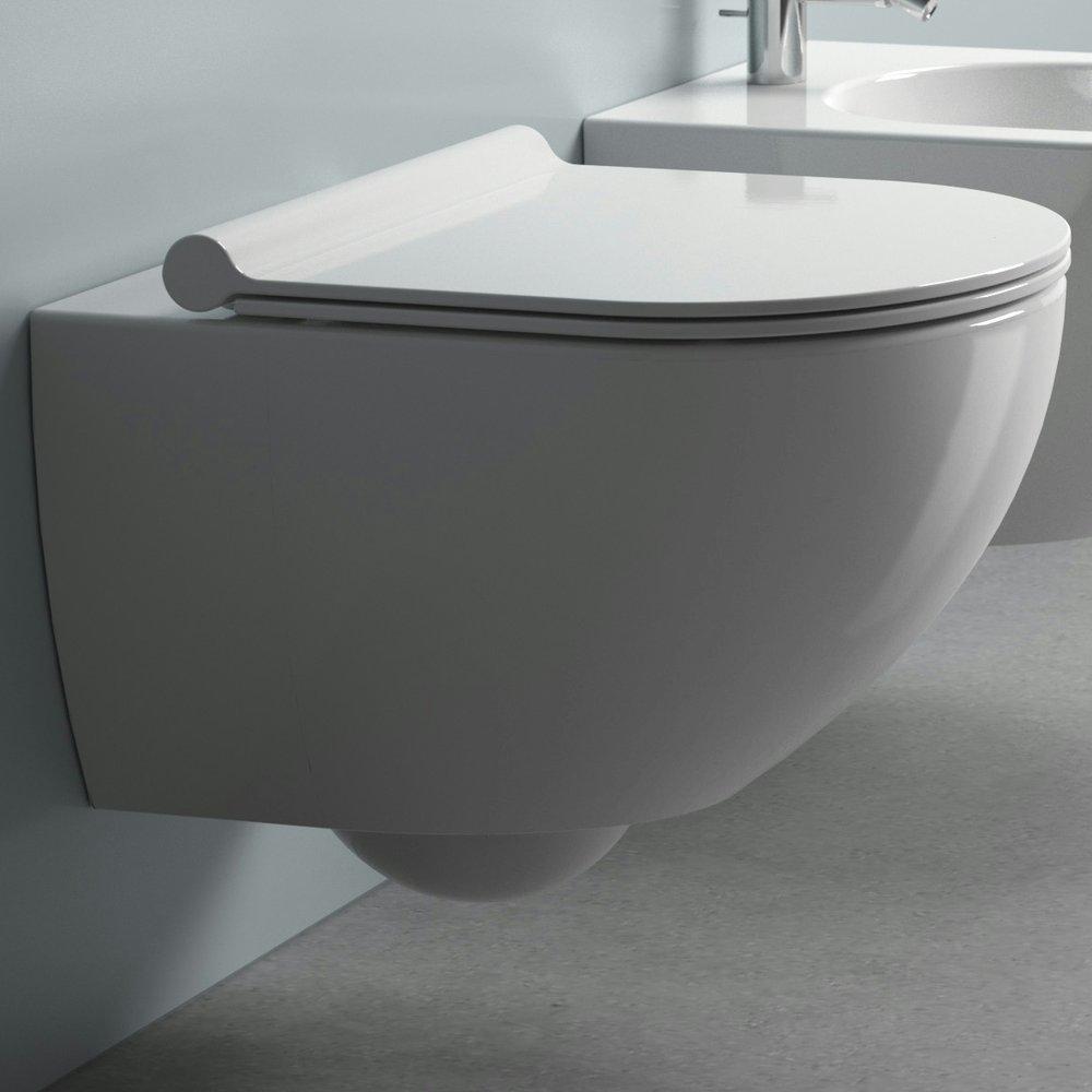 Rene linjer, toalett for veggmontering