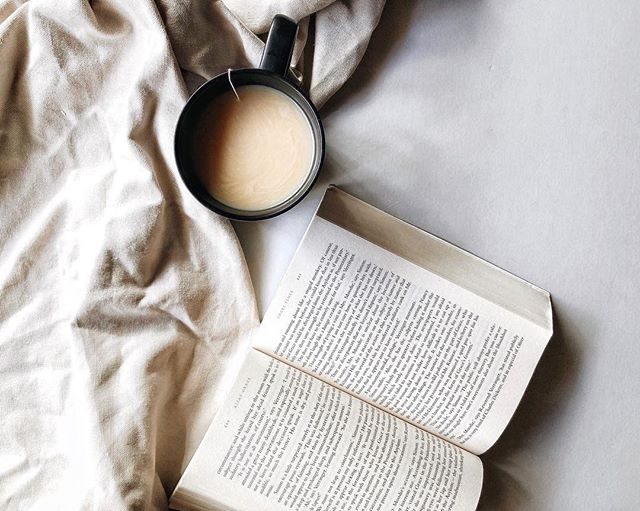 This Winter, find me flicking pages and, sipping tea. [aka puts phone down to finish the abundance of books on my to read pile] ☕️ #bookedout #chaitea