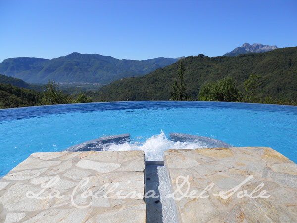 la collina del sole salt water pool + jacuzzi