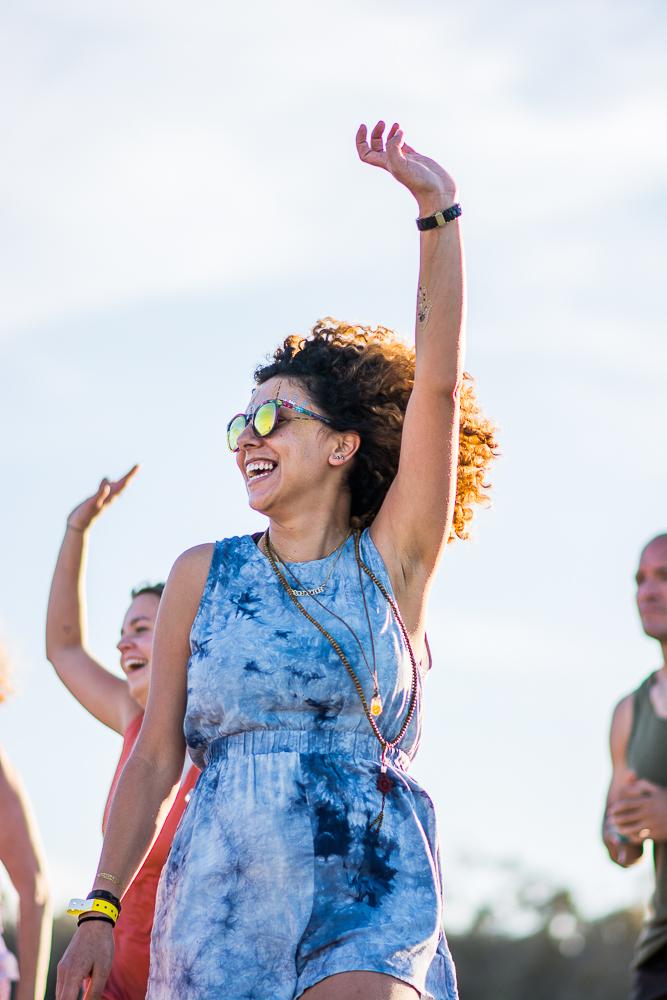 dance-joy-candid-moment-portrait-photography-event-wanderlust