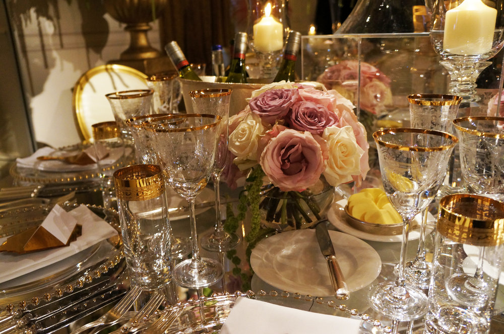 Wonderful florist Rob van Helden created these wonderful table centres for a Great Gatsby inspired party that took place at the Landmark Hotel in London.