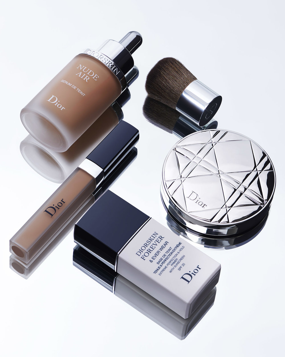 Dior-Group-1-1.jpg