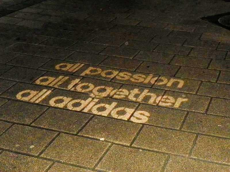 advertising--using-reverse-graffiti-cleaned-advertising.jpg