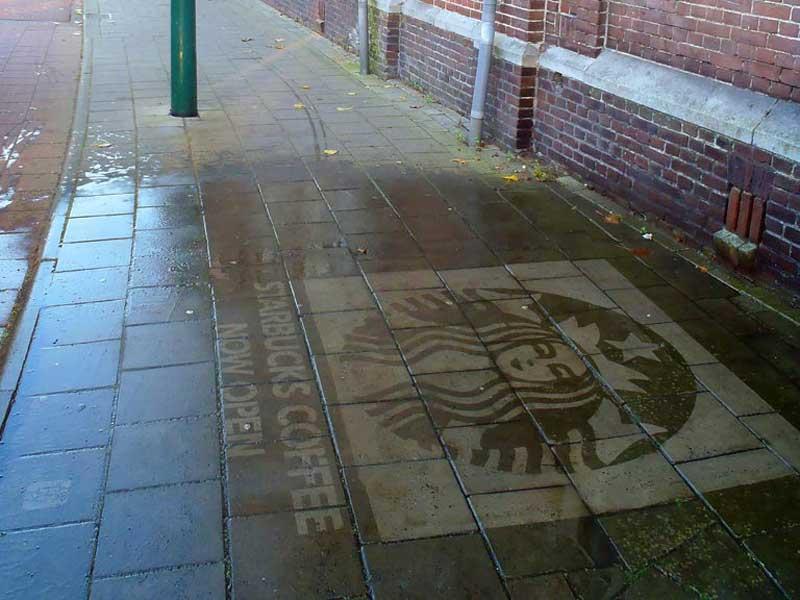 reverse-graffiti-cleaned-advertising-starbucks-coffee-amsterdam.JPG